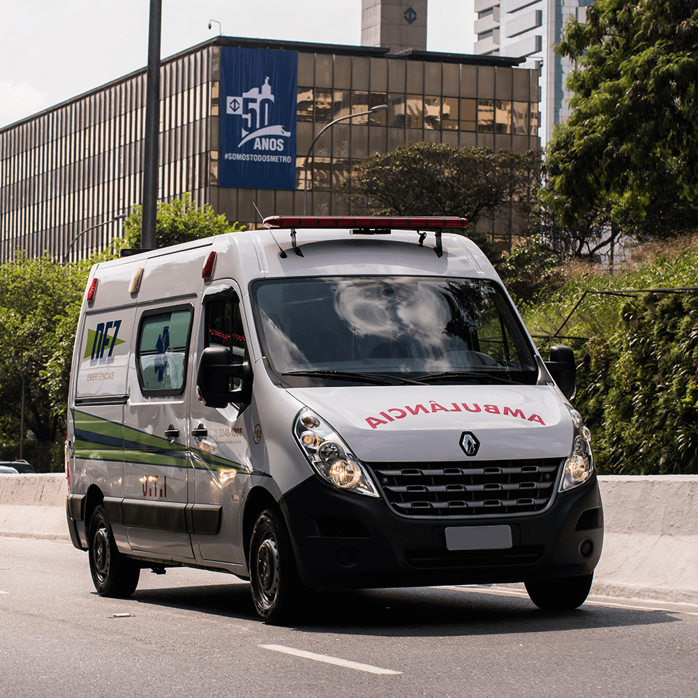 Frota de ambulância 24 horas locação